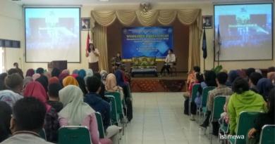DEM Fakultas Ekonomi UNISRI Gelar Workshop Karya Ilmiah