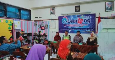 SD Muhammadiyah 1 Ketelan Workshop E-Learning Era 4.0