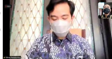 Walikota Gibran Respon Cepat Usulan 50 M dari Fraksi PDI Perjuangan  untuk Masyarakat Terdampak Pandemi Covid 19